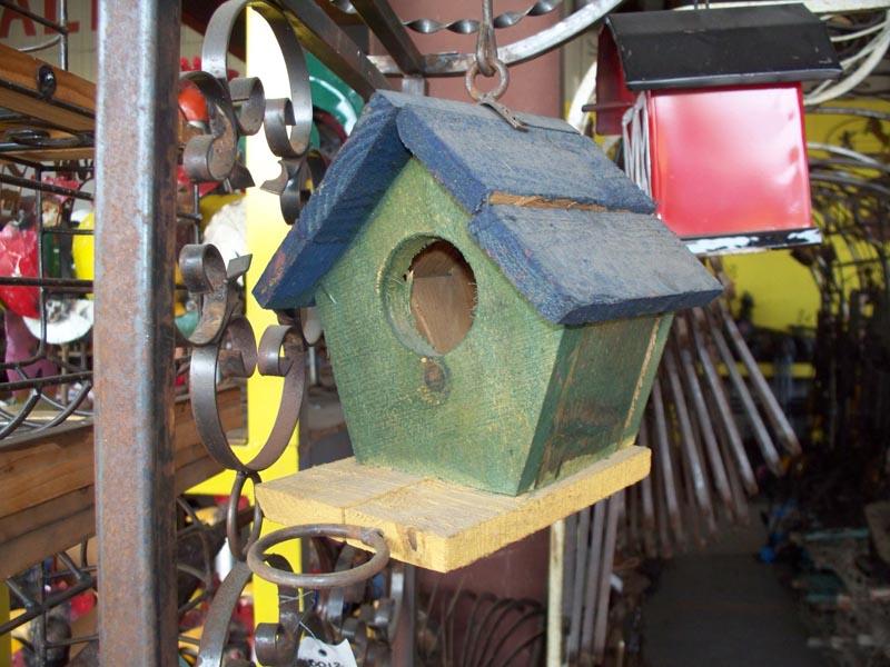 BRD-012 MED HANGING WOODEN BIRD HOUSE Lamp Post Mercantile